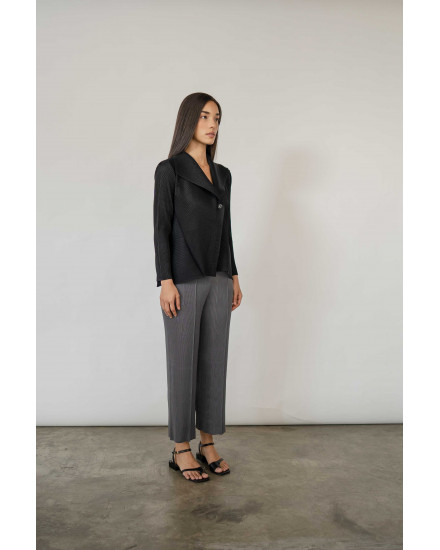 Erme Outer in Charcoal - PREORDER