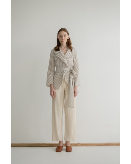 Loe Outer in Stone Grey