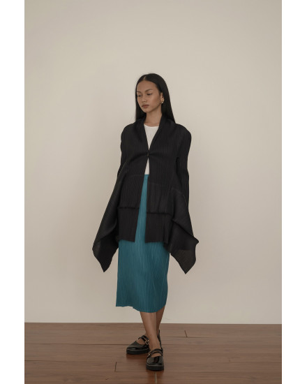 Zuma Outer in Charcoal